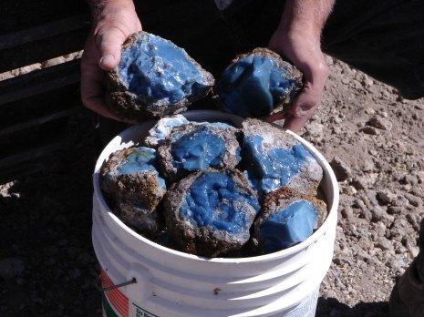 blue opal in bucket